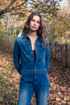 Mono Jean: Zara Boots: Monki Top: H&M